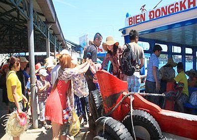 Khánh Hòa: Doanh thu du lịch đạt hơn 240 tỷ đồng trong tháng 8